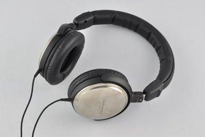 012c000004674288-photo-audio-technica-ath-es10-2.jpg