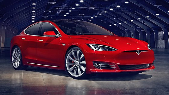 0230000008411866-photo-nouveaut-tesla-model-s-restyl-e.jpg