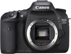 00F0000002386504-photo-canon-eos-7d-de-face.jpg