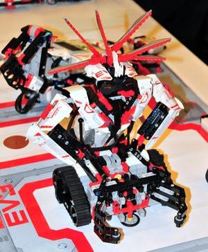 012C000005643288-photo-lego-mindstorms-ev3-1.jpg