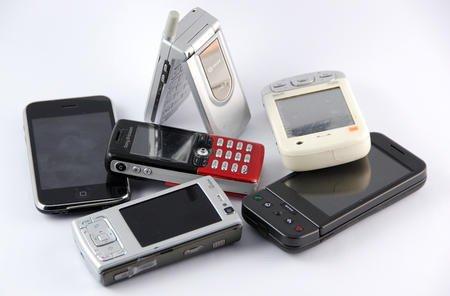 01c2000004855490-photo-vieux-smartphones.jpg