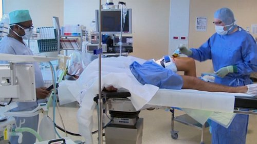 01f4000006646612-photo-sondage-chirurgie.jpg
