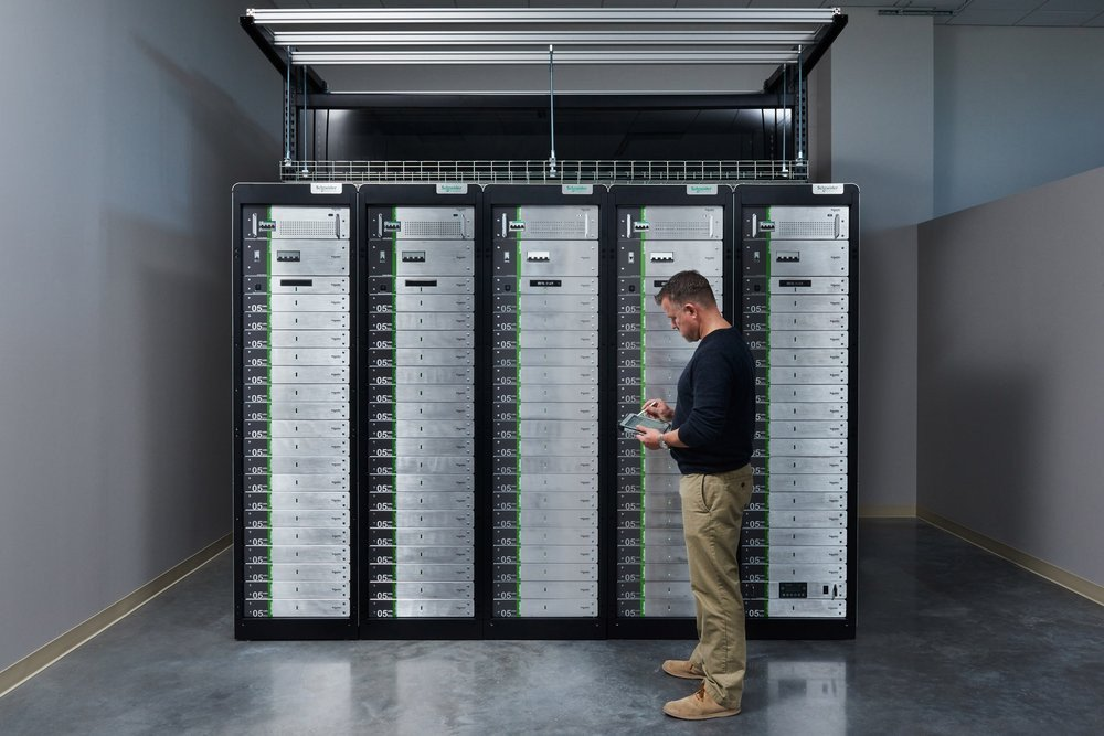 03e8000008325348-photo-schneider-electric-ecoblade-building-solution.jpg