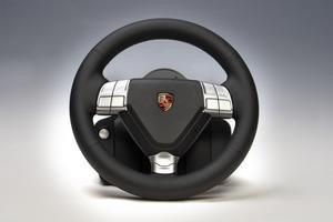 000000c802670024-photo-fanatec-porsche-911-turbo-s.jpg
