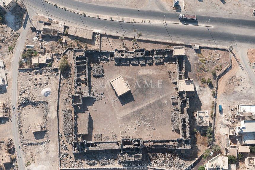 035C000008093830-photo-qasr-el-azraq-en-jordanie.jpg