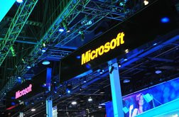 000000A504889982-photo-logo-microsoft-stand-ces-booth-1.jpg
