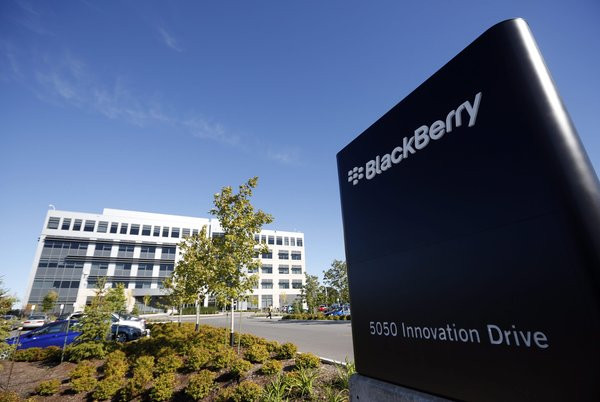 0258000008071289-photo-blackberry-hq-ban.jpg