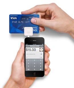 0104000005728614-photo-square-paiement-carte-mobile.jpg