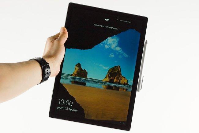 028a000008350710-photo-surface-book20.jpg