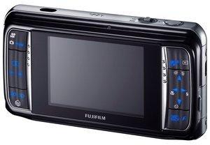012c000003590746-photo-fujifilm-w3-5.jpg