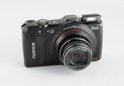 0190000004362854-photo-fujifilm-finepix-f550.jpg