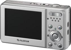 00FA000000330482-photo-fujifilm-finepix-f20.jpg