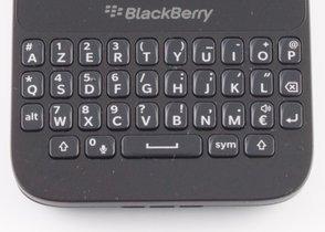 000000d206483588-photo-blackberry-q5.jpg