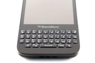 000000d206483590-photo-blackberry-q5.jpg