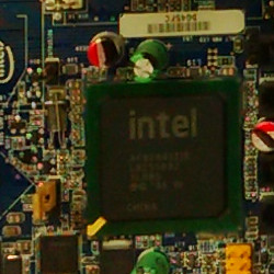 06479160-photo-blackberry-q5.jpg