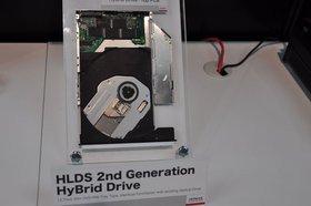 0118000003613532-photo-ceatec-lecteur-hybride-dvd-ssd-hitachi-lg.jpg