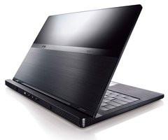 00F0000002314684-photo-ordinateur-portable-dell-adamo-n07a1303-clone.jpg