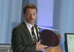 00F0000002020722-photo-pat-gelsinger-l-intel-developer-forum-2009.jpg