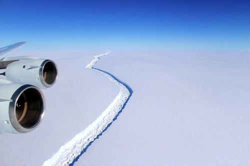 01F4000008730280-photo-larsen-c-iceberg-1e-juin.jpg