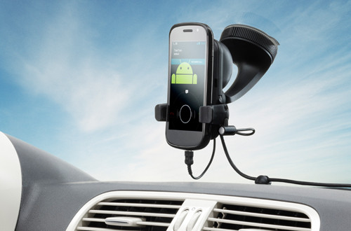 05334804-photo-tomtom-kit-voiture-mains-libres-pour-smartphone.jpg