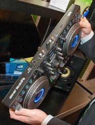 table de mixage hercules dj control jogvision