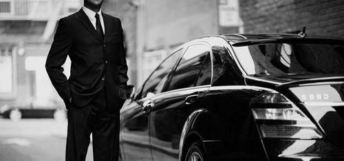 03E8000008204238-photo-chauffeur-uber.jpg