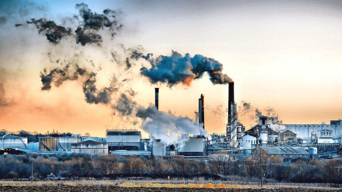08123076-photo-pollution.jpg