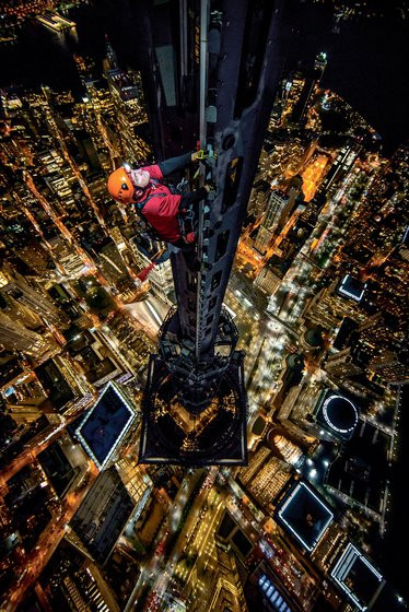 0000023008462694-photo-new-york-times-magazine-man-on-spire-jimmy-chin.jpg