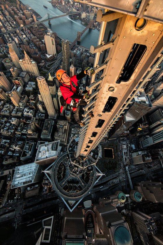 0230000008462698-photo-new-york-times-magazine-man-on-spire-jimmy-chin.jpg