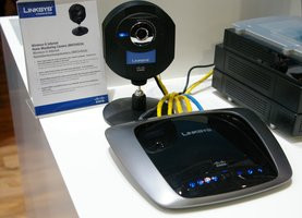 000000C800922078-photo-linksys-routeur-wrn160t.jpg
