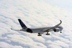 00FA000006055408-photo-l-a350-le-nouvel-avion-d-airbus-a-effectu-son-premier-vol.jpg