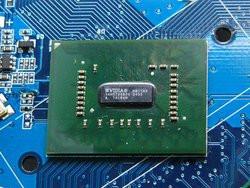 00FA000000575824-photo-nvidia-pont-geforce-8-agp.jpg