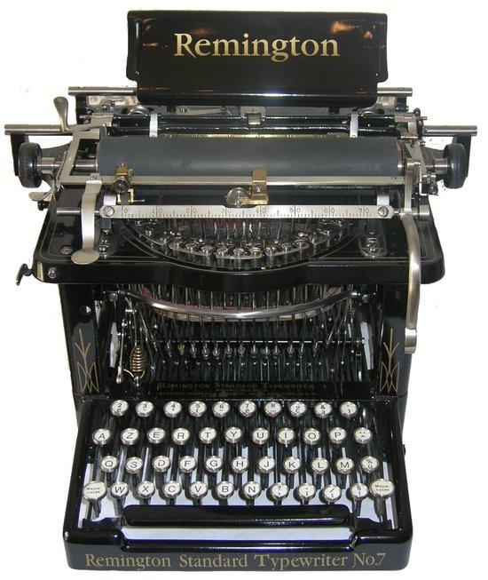 0226000008320454-photo-machine-crire-remington-n-7-azerty.jpg