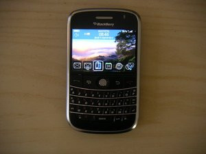 012C000001584392-photo-blackberry-bold.jpg