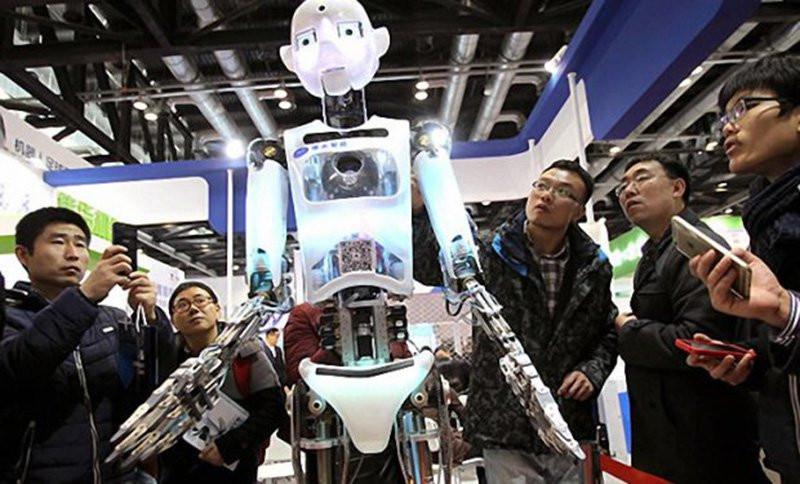 0320000008257266-photo-robot-chine1.jpg