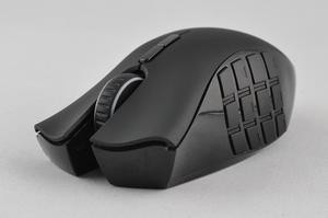 012C000004569012-photo-razer-naga-epic-5.jpg