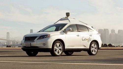 01F4000005344266-photo-google-voiture-pilotage-automatique.jpg