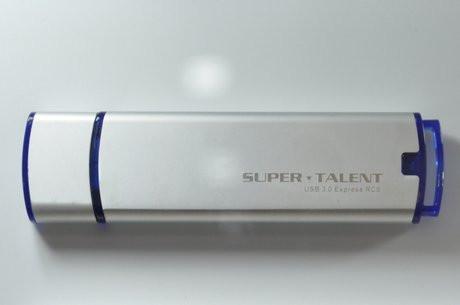 01CC000004318126-photo-cl-usb-3-0-express-rc8-super-talent.jpg