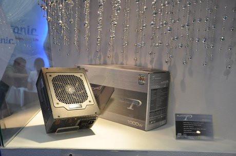 01CC000004316022-photo-alimentation-80-plus-platinum-seasonic.jpg