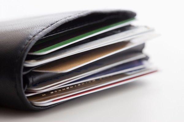 0258000006939292-photo-exclusif-ils-trafiquaient-les-puces-de-cartes-bancaires-vol-es.jpg