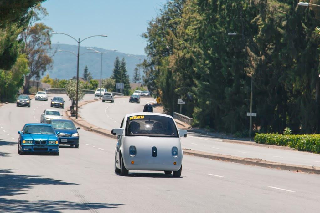 La voiture autonome de Google s'invite sur les routes californiennes