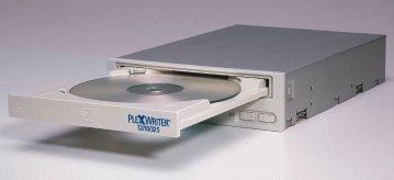 0167000000045688-photo-plextor-plexwriter-12-10-32s.jpg