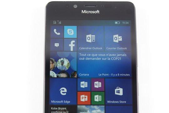 021C000008266148-photo-lumia-950.jpg