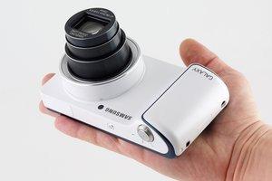 012c000005605754-photo-samsung-galaxy-camera-3.jpg