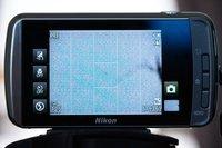 00c8000005501481-photo-nikon-s800c-jour-objectif-lentille-trace.jpg