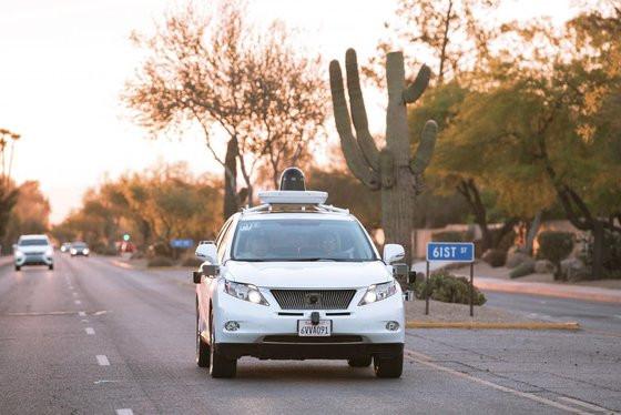 0230000008407860-photo-google-car-voiture-autonome-de-google-lexus-rx-450h-arizona.jpg