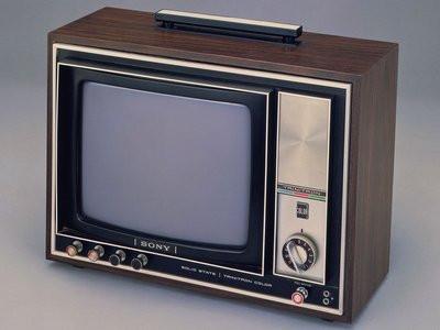 0190000007898253-photo-sony-kv-1310-premier-t-l-viseur-couleur-trinitron-en-1968.jpg