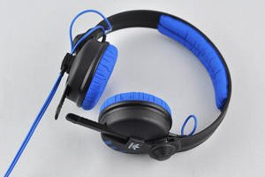 012c000004704702-photo-sennheiser-hd25-1.jpg