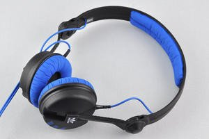 012c000004704706-photo-sennheiser-hd25-3.jpg