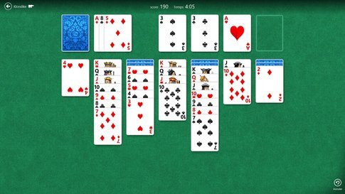 01e5000005481805-photo-windows-8-rtm-solitaire.jpg